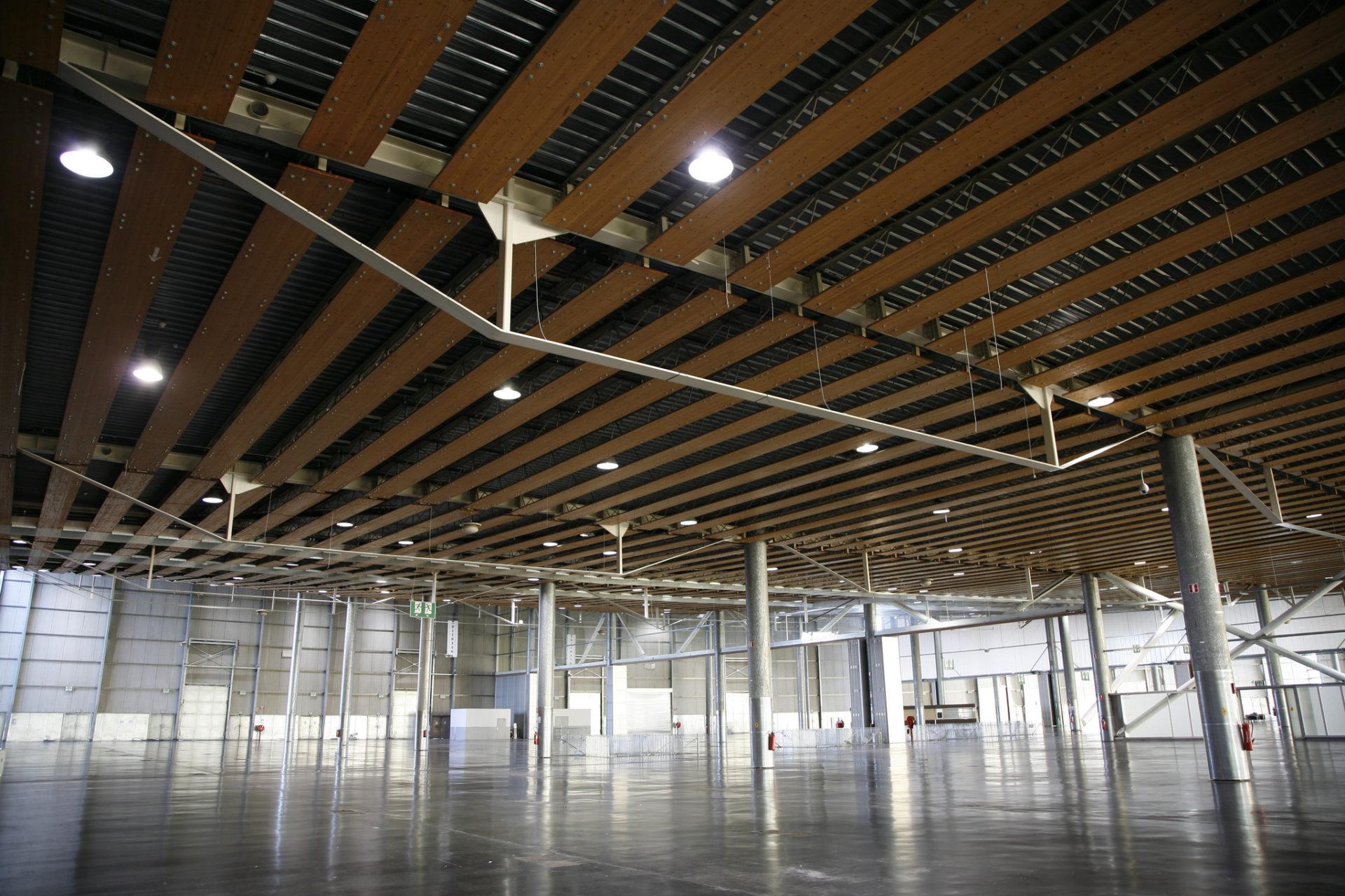 4 exhibition halls